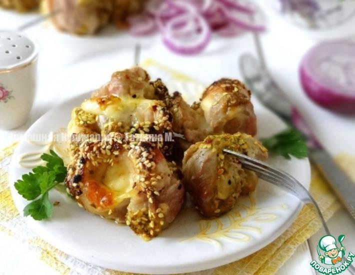 Рецепт: Свиные гриль-рулетики с сыром Золотистые