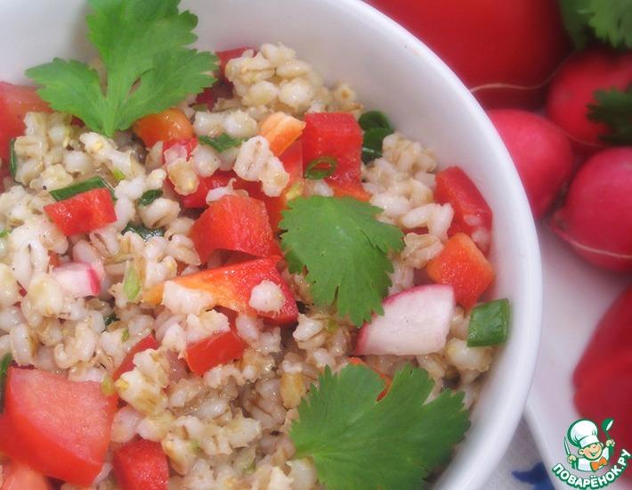 Рецепт: Теплый салат из перловки