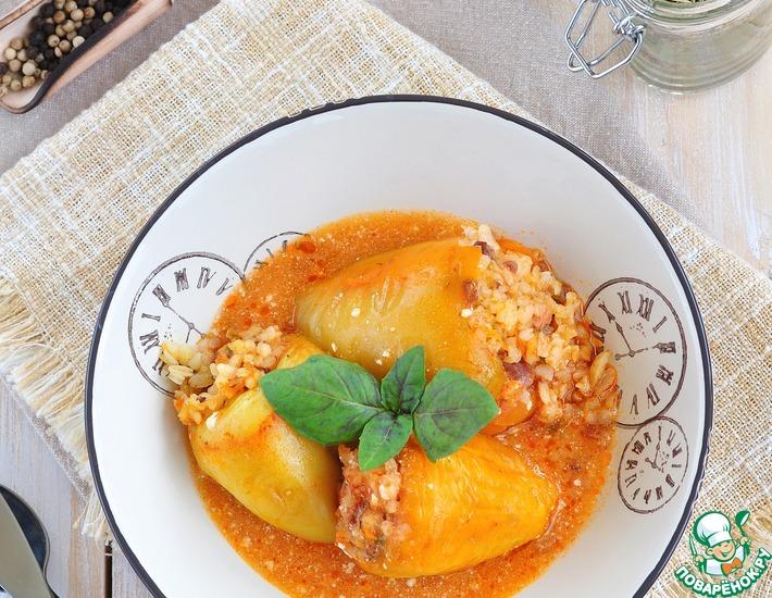 Рецепт: Перцы, фаршированные куриными сердечками и грибами