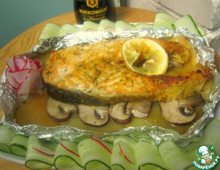 Рецепт: Сёмга с королевскими шампиньонами на картофеле