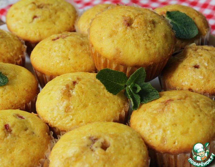 Рецепт: Домашние кексы с вишней