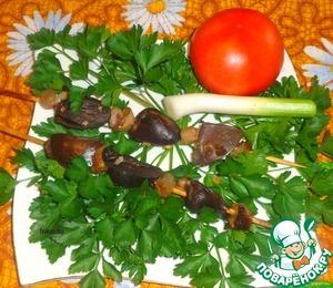 Рецепт Шашлык из куриных сердечек и маринованный лук