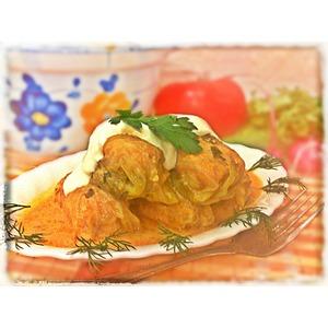 Голубцы в сметанно-томатном соусе
