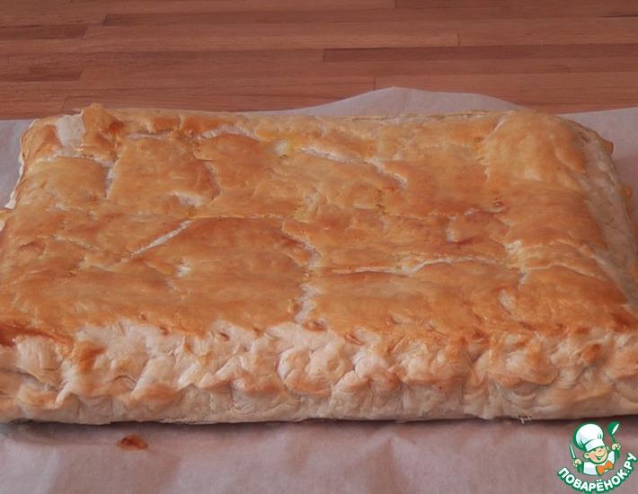 Рецепт: Пирог из слоёного теста с адыгейским сыром