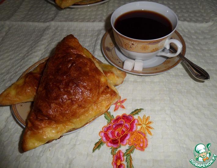 Рецепт: Пирожки с кускусом и ревенем