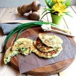 Оладьи с сыром и зеленым луком