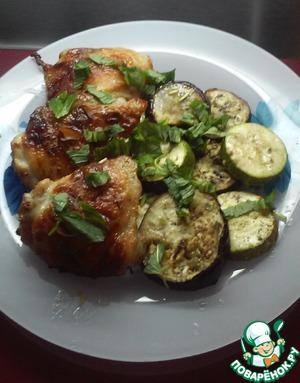 Куриные бедра с овощами в аэрогриле