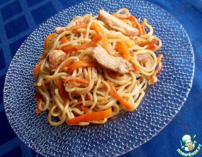 Рецепт: Тянутая лапша с овощами и курицей