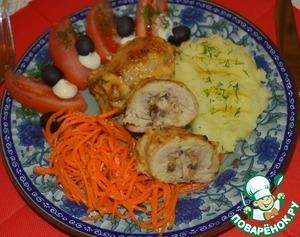 Куриные бедра с шампиньонами в духовке - 7 пошаговых фото в рецепте