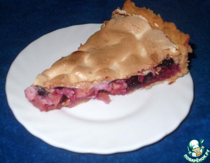 Рецепт: Пирог с яблоками и чёрной смородиной