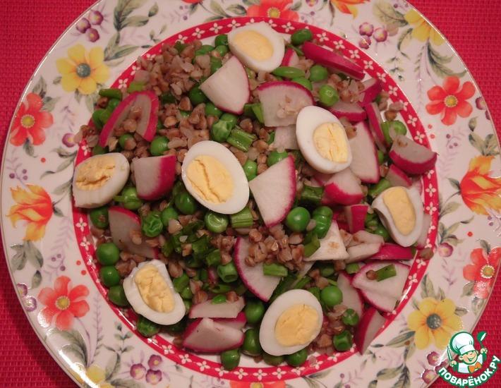 Рецепт: Салат с гречкой и редисом