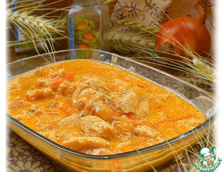 Рецепт: Курица в томатно-сметанной подливе