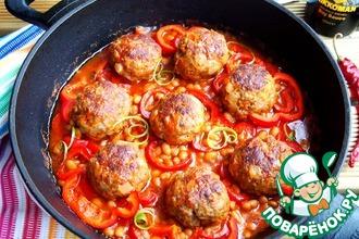 Рецепт: Тефтели в фасолево-томатном соусе