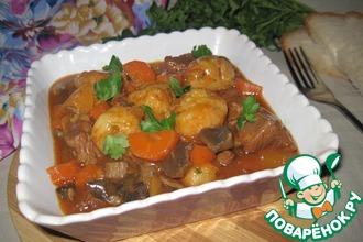 Рецепт: Мясное рагу с сырными клецками