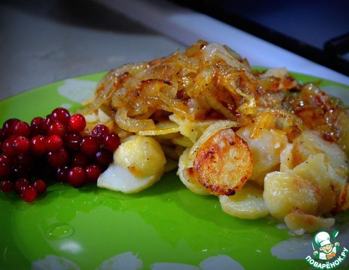 Рецепт: Жареный картофель с яблоками