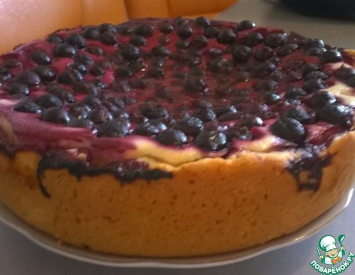 Рецепт: Открытый творожный пирог со смородиной