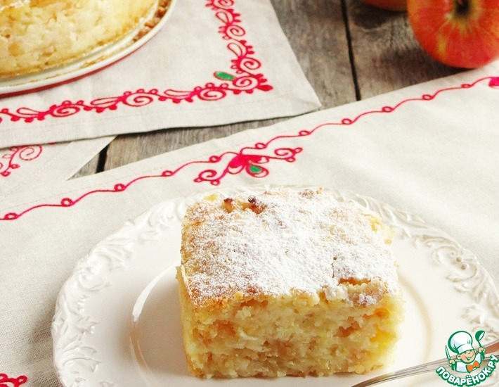 Рецепт: Сочный яблочно-манный пирог