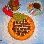 Пирог Крут де домб с мясом и зеленым горошком