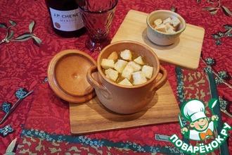 Рецепт: Простой луковый суп в горшочках
