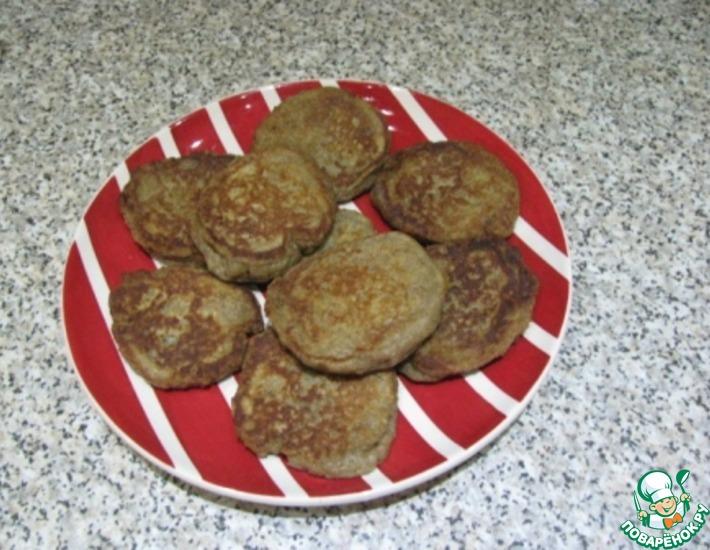 Рецепт: Ржаные оладьи с кленовым сиропом