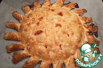 Рецепт: Нежнейший пирог Солнечный с куриной грудкой
