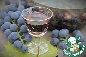 Рецепт: Виноградная настойка Пряно-пьяная Изабелла