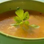 Гороховый суп со свининой и базиликом