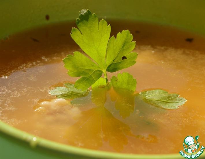 Рецепт: Гороховый суп со свининой и базиликом
