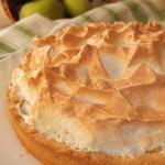 Яблочный пирог с ванильной меренгой
