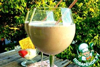 Рецепт: Молочный коктейль Пломбир с клубникой