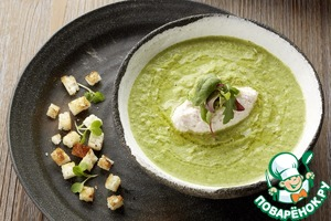 Рецепт: Крем-суп из брокколи и кнелями из сливочно-крабового мусса