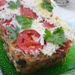 Мясная запеканка с рисовыми хлопьями и овощами