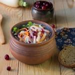 Пикантный салат с редькой