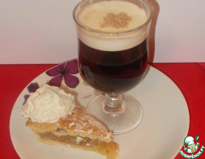 Рецепт: Ирландский яблочный пирог и ирландский кофе