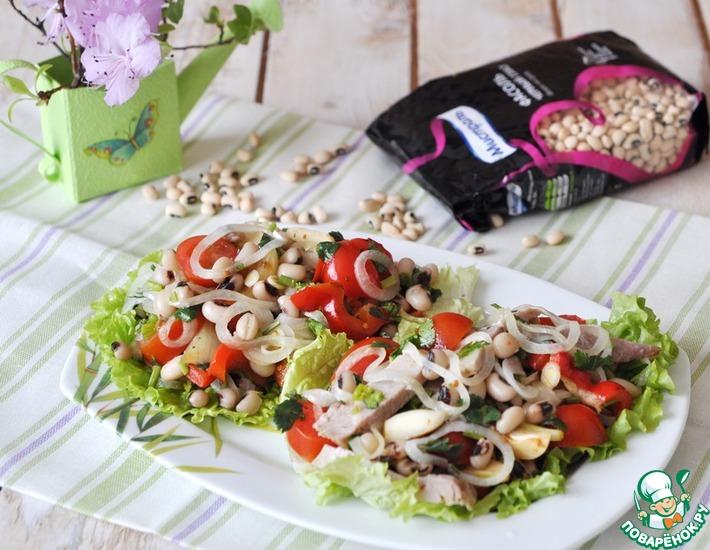 Рецепт: Салат с фасолью и маринованной свининой