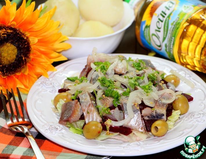 Рецепт: Салат из сельди и свеклы