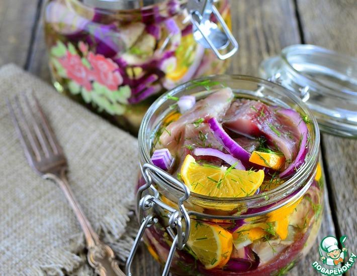 Рецепт: Сельдь с лимонами в масле