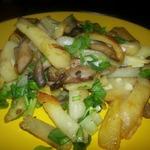 Жареные вешенки с картофелем