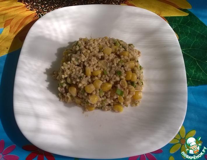 Рецепт: Салат с рыбными консервами от Лизы