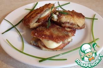 Рецепт: Закуска из салаки с копчёным сыром