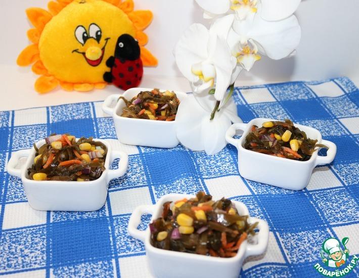 Рецепт: Салат из морской капусты с кукурузой