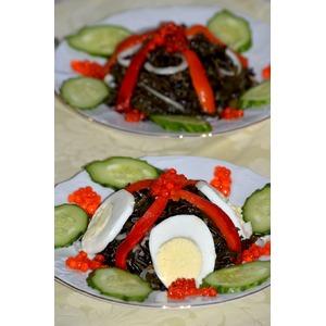 Салат с диким рисом и морской капустой