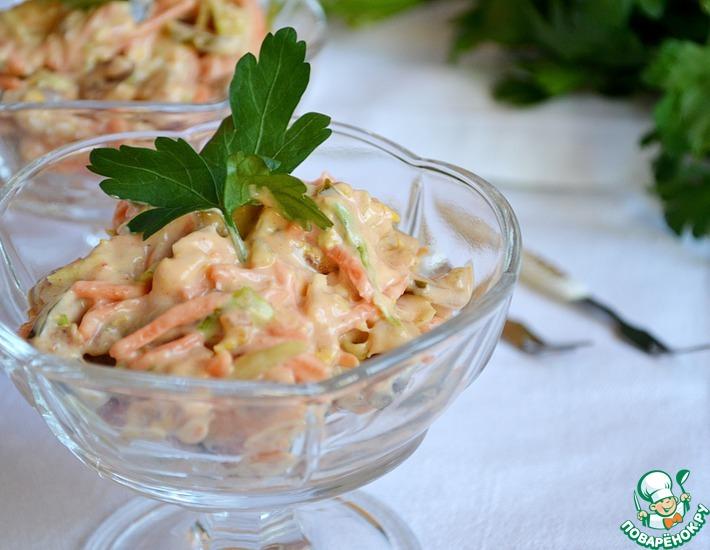 Рецепт: Пикантный салат с куриным филе