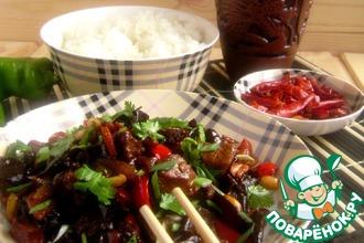 Рецепт: Свинина с арахисом в остром соусе