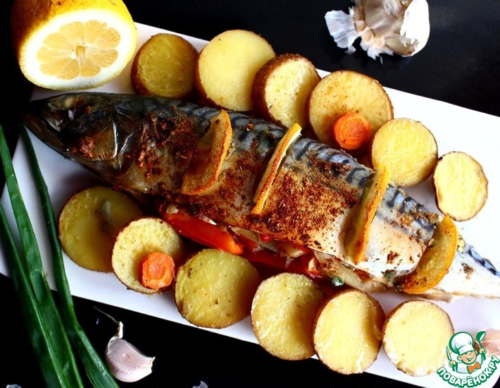 Рецепт: Скумбрия, запеченная с лимоном в духовке