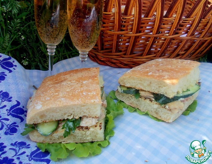Рецепт: Сэндвич из чиабатты с курицей