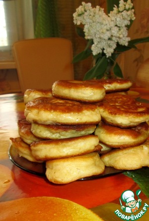 Aromatic, delicious, fluffy pancakes ready.  Bon appetit.