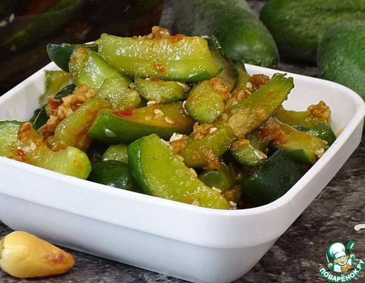 Рецепт: Кисло-сладкие огурцы с кунжутом
