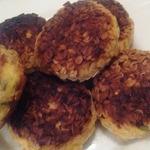 Сырники с зеленым луком и копченым сыром – кулинарный рецепт