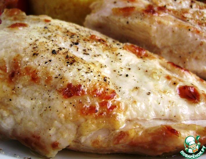 Рецепт: Нежная куриная грудка, томленная в масле